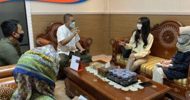 Menerima Kunjungan PT. Solusi Pariwisata Inovatif di ruang kerja Kadis PM&PTSP Provinsi NTB